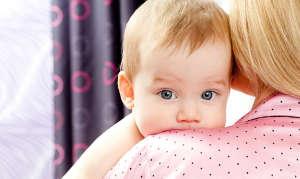 Как избавить новорождённого от икоты