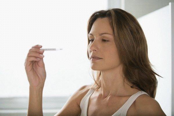 Как сбить температуру беременной женщине в домашних условиях
