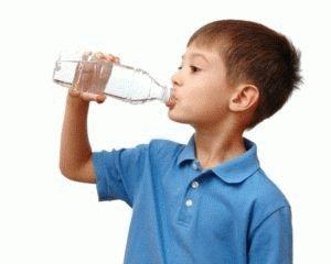 Обильное питьё малышу