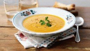 Жидкий суп с овощами