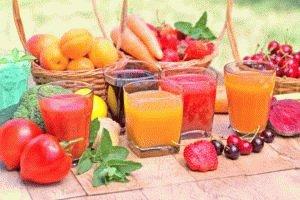 Фруктовые соки и фрукты