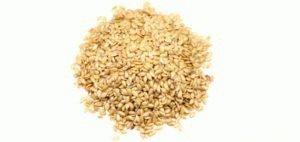 Белые семена льна