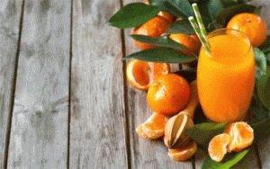 Свежий мандариновый сок
