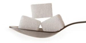 Кусочки сахара-рафинада