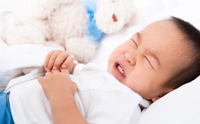 Понос и диарея у ребенка 2 года: чем лечить