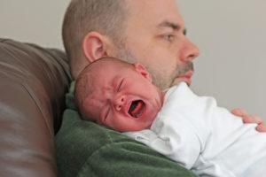 Колики у новорождённого