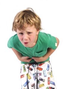 Сильные боли в животе у мальчика