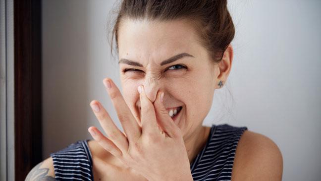 Вздутие внизу живота - Боль низа живота у женщин: причины и лечение