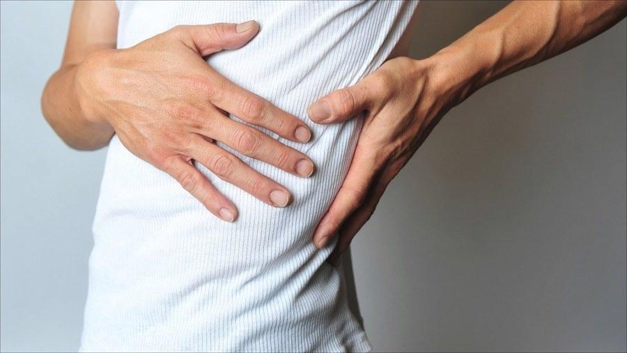 Боль под левым ребром: что это может болеть? Боль под левым ребром спереди и сзади