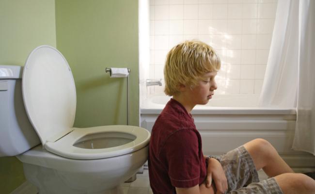 После туалета печет прямая кишка. Как лечить жжение и зуд в заднем проходе после поноса