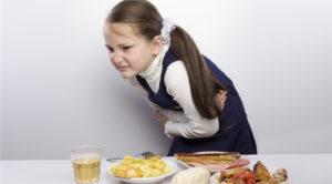 Болит живот у ребёнка