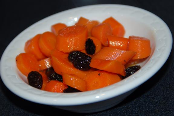 Морковь и изюм