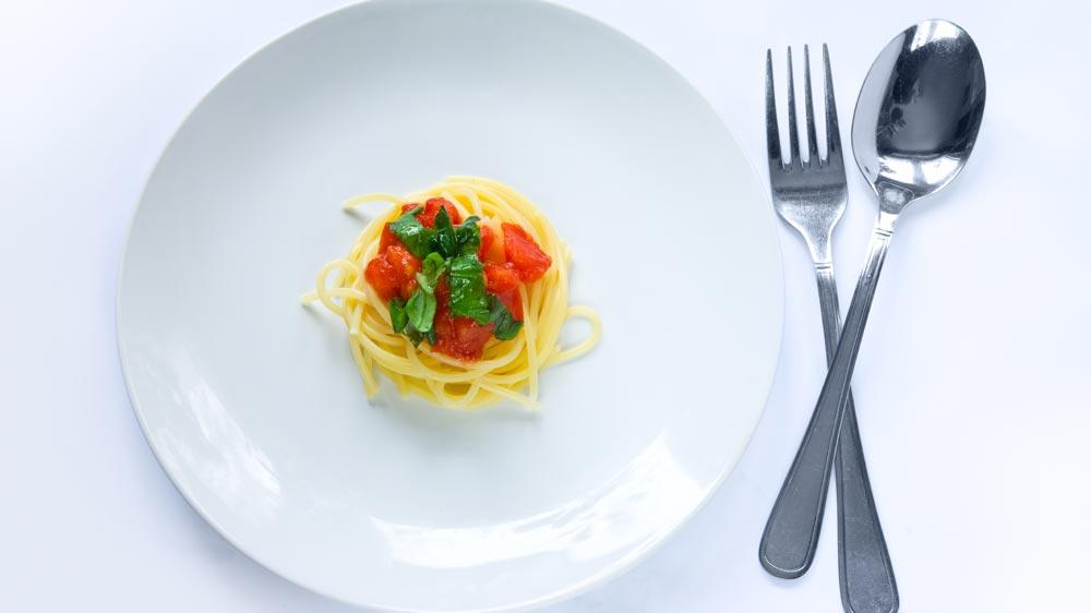 Мало пищи на тарелке