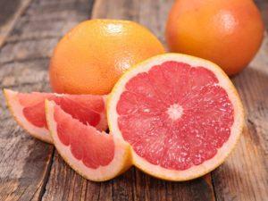 Грейпфруты содержат массу витамина С
