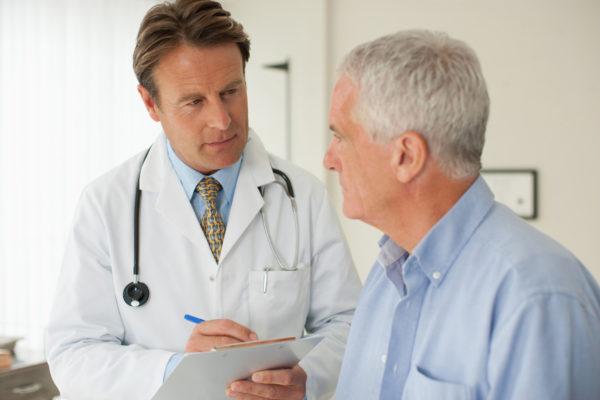 Человек у врача