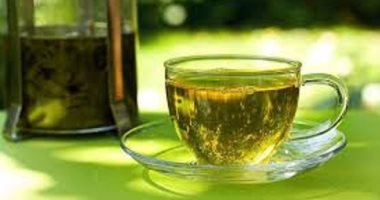 Зелёный чай на столе